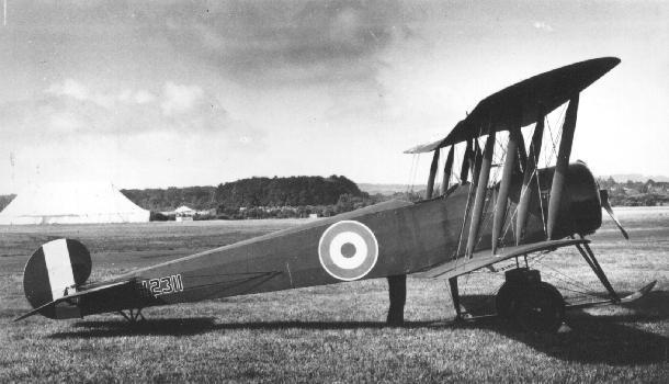 Aeronave britânica Avro 504