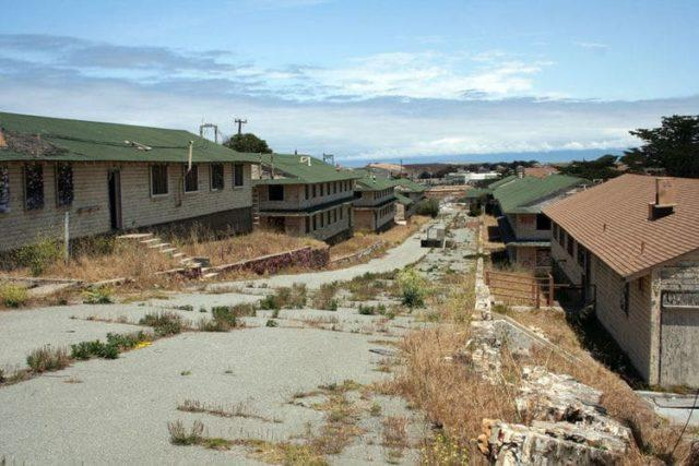 Dormitorios em Fort Ord