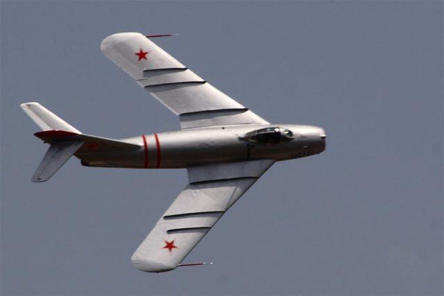 Mikoyan-Gurevich MiG-17 - Fatos Militares