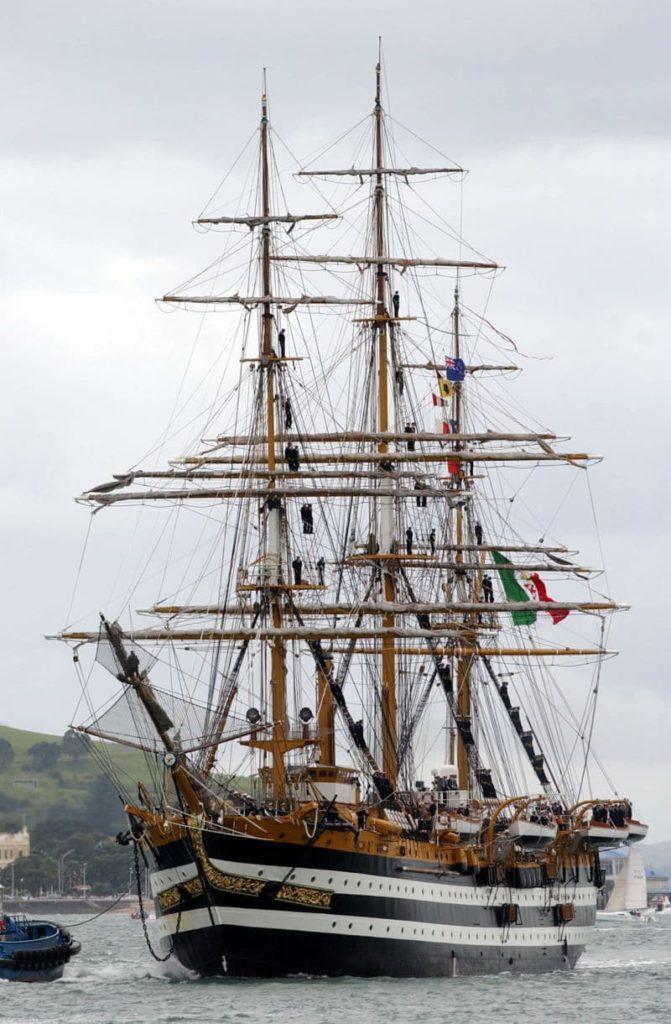 Navio Amerigo Vespucci - Fatos Militares