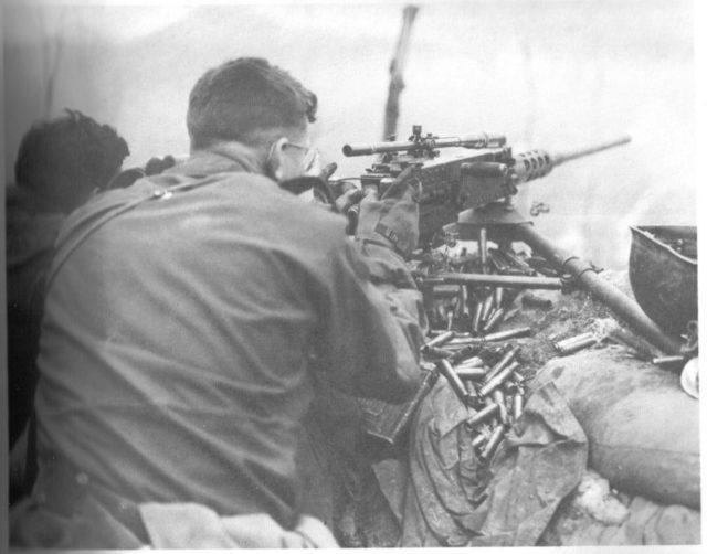 Browning M2 com luneta