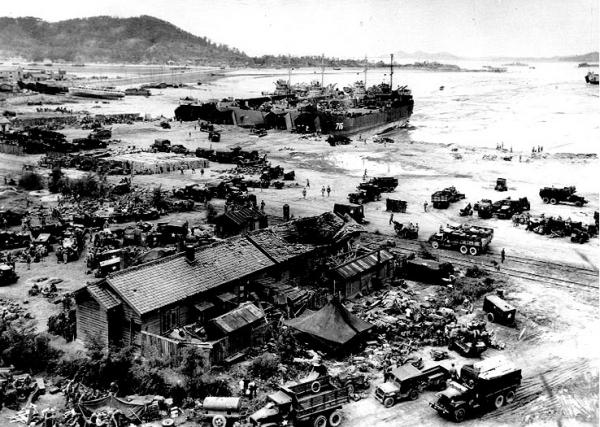 Forças americanas desembarcando em Inchon