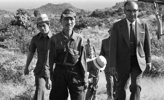 Hiroo Onoda o último soldado a se render na Segunda Guerra Mundial.