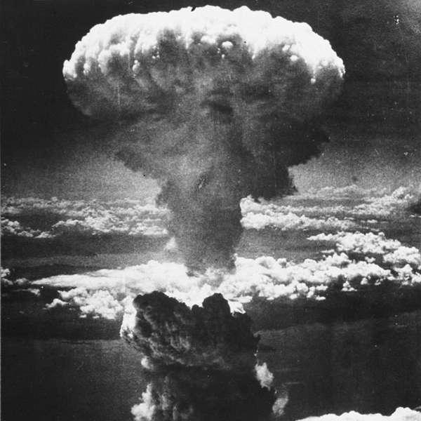 Se fosse necessário ter uma terceira bomba atômica nessa guerra, a cidade alvo que teria sido destruída seria Tóquio.