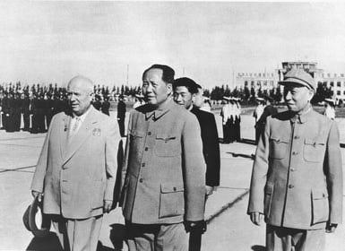 Mao Zedong e Nikita Kruschev juntos em 1959