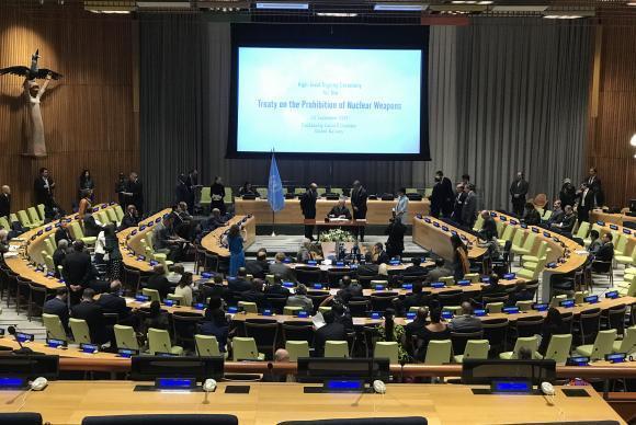 Presidente Michel Temer assina o Tratado para Proibição de Armas Nucleares