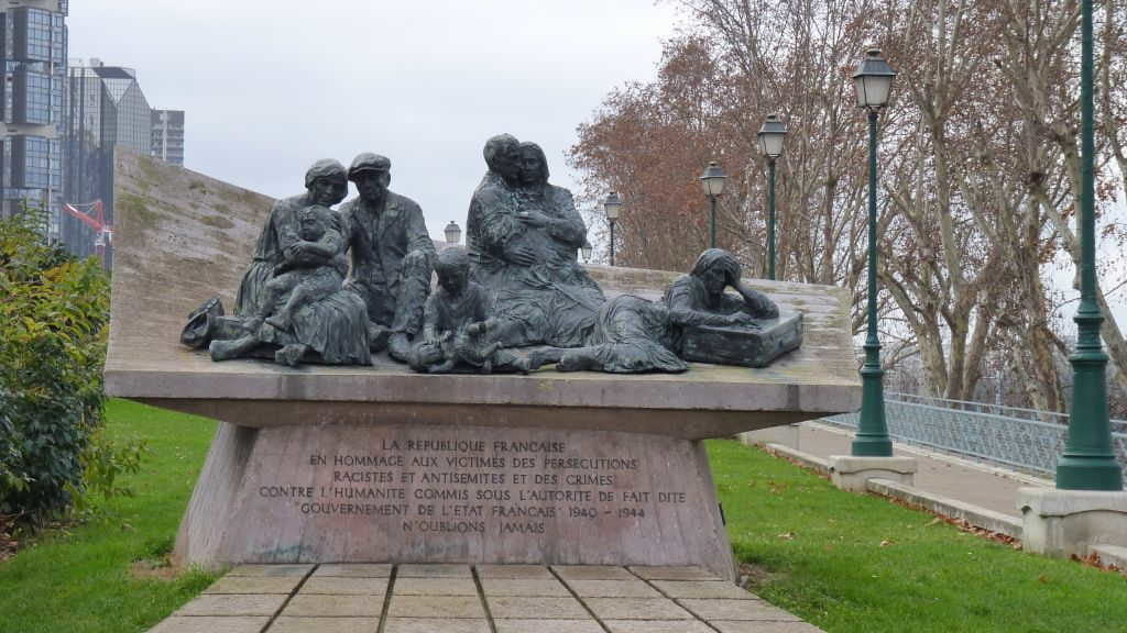 Monumento Vel D'Hiv