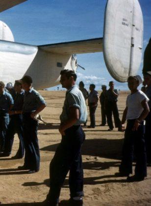 Uma apresentação de um B 25 aos soldados em Parnamirim Field