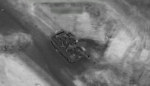 T-72 sendo destruido por um drone
