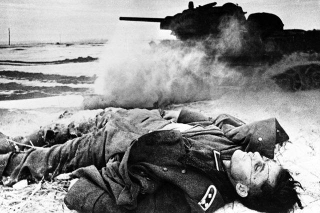 Soldado alemão morto na WW2